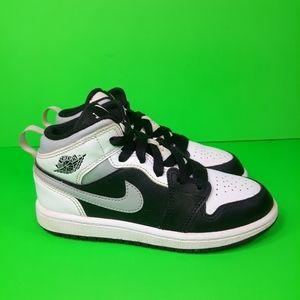 Nike Air Jordan 1 Mid White Shadow Sz 13C